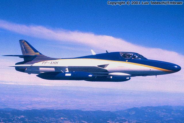 EMBRAER KC-390  - Página 4 Pp-xhh-brazil-0105