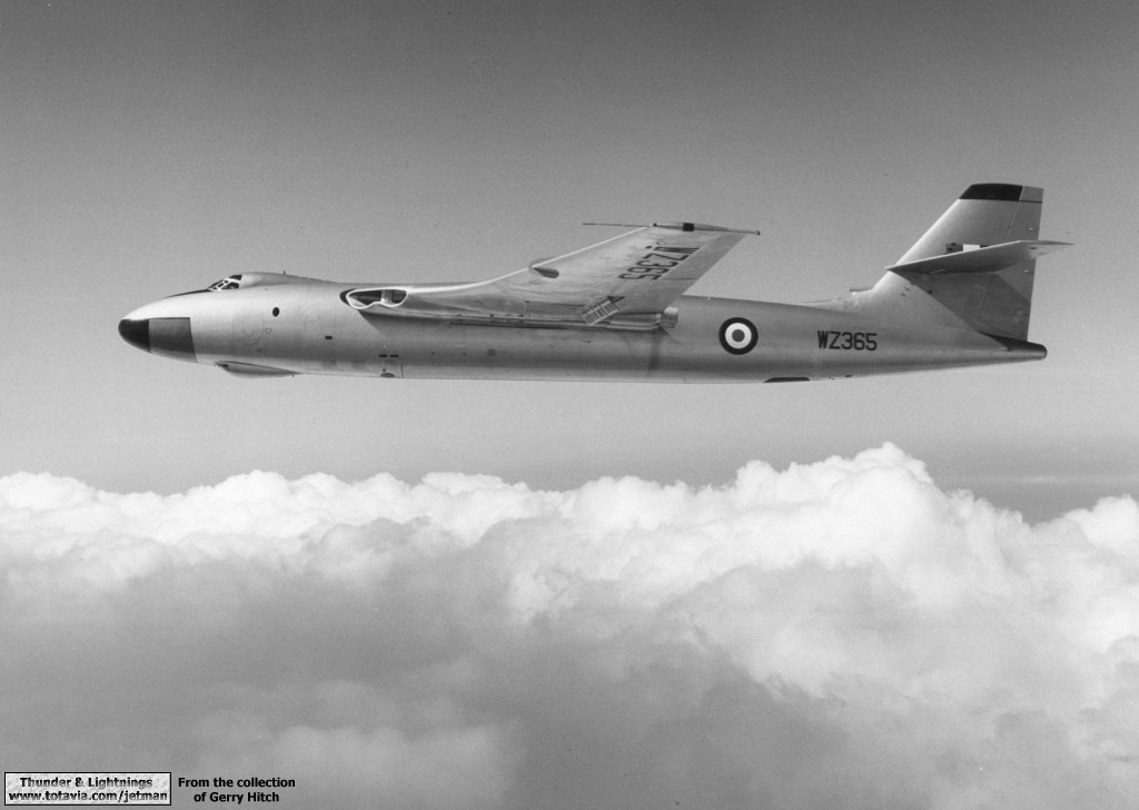 Drop Down Hitch >> Thunder & Lightnings - Vickers Valiant - Photo Gallery