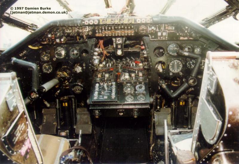 Thunder Amp Lightnings Handley Page Victor Walkaround Photos